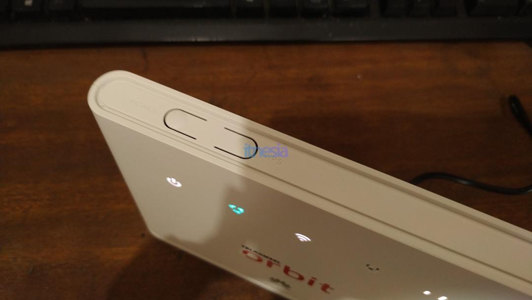 Tombol Power dan WPS Modem Huawei B311 Telkomsel Orbit Star